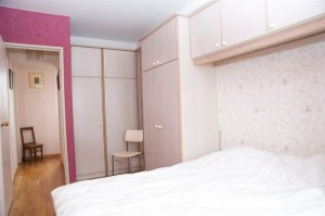 5850-f3-de-2-chambres-avec-balcon-a-louer-en-courte-duree-pour-4-aux-buttes-chaumont-paris-19eme