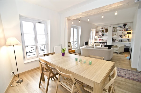 Le Triomphe - Charming apartment for 4 along avenue des Ternes, 17th ...
