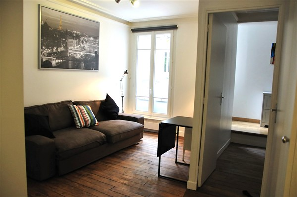 Short Term Rental Apartment In The Historic And Por Marais