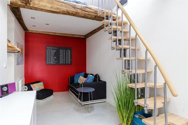 Modern, Spacious Studio Apartment For 3 On Rue Du Temple In The Heart Of  The Marais, Paris 3rd