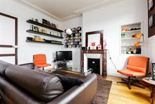 Furnished monthly rental of a 2 room, comfortable apartment for 4 at Montrouge near Paris at Porte d'Orléans