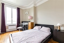 Family apartment rental for 4 in short term apartment at Montrouge at Porte d'Orléans near Paris