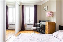 Long term rental of spacious 2 room apartment for 2 or 4 at Montrouge at Porte d'Orléans near Paris