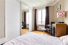 Vacation rental in modern 2 room apartment, long or short rental terms, at Montrouge at Porte d'Orléans near Paris