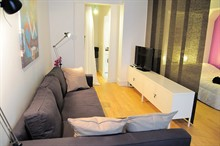 Short-term rental of a furnished apartment in rue Grenata Paris 2nd district