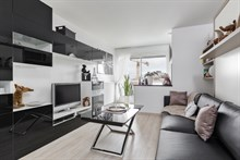 Weekly apartment rental, furnished with studios, perfect one to two near Eiffel Tower, Paris 15th