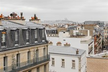 Furnished studio flat, equipped for 1 or 2, weekly rental w Eiffel Tower view, terrace, Paris 15th