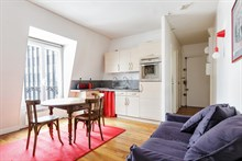 Weekly apartment rental, furnished with 2 rooms, perfect for two in Reuilly Diderot quarter, near Saint Antoine hospital , Paris 12th