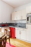 Short-term rental of a generously-sized, furnished apartment for 2 in Reuilly Diderot quarter, near Saint Antoine hospital , Paris 12th