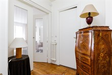1 bedroom furnished and well equipped apartment for 2 available for short-term rental on rue Pergolèse, Paris 16th