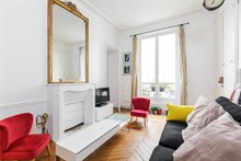 Fully furnished 2 room apartment to rent near d'Orsay museum, Paris 7th