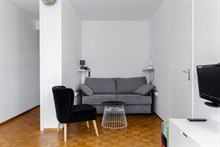 Furnished short-term rental 2-room apartment for 2 or 4 rue du Commandante Mouchotte at Gaîté, Paris 14th
