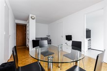 Fabulous weekly flat rental, furnished with 2-rooms rue du Commandante Mouchotte at Gaîté, Paris 14th