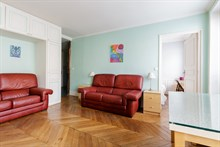 modern apartment to rent for 5 guests 2 BR boulevard du Montparnasse Paris 14th district