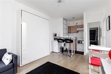 Fully furnished studio to rent for 2 near George Brassens Park, Convention Paris 15th