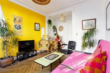 Weekly apartment rental, furnished with 2 rooms, perfect for four at Bastille, Paris 11th