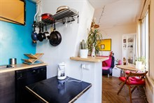 Beautiful, furnished, 4-person apartment available for weekly rental at Bastille, Paris 11th