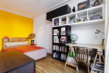 Weekly furnished apartment rental at Bastille, comfortably sleeps 4, Paris 11th