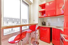 Beautiful, furnished, 2-person apartment available for weekly rental near Champs Elysées in Triangle d'Or area, Paris 15th