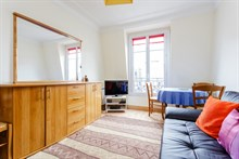 Balard quarter apartment short term rental long term rental family or friends sleeps 2/4 Paris 15th