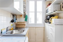 Large apartment for long term stays or short term stays near public transportation Paris 15th