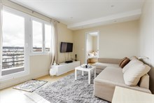 Vacation rental on avenue Victor Hugo at Boulogne in Paris suburbs