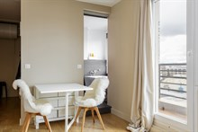 Monthly rental of 2 room apartment near Bois de Boulogne park with furnished terrace, sleeps 2 or 4