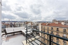 Apartment rental with terrac and great view near Paris, avenue Victor Hugo at Boulogne Ballancourt