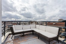 Modern apartment for rent, sleeps up to 4, furnished terrace, in Boulogne near Paris