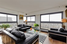Fabulous weekly flat rental, furnished with 2-rooms w View of Eiffel Tower in Beaugrenelle quarter, Paris 15th, rue Javel