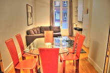 prestigious 2 bedroom apartment rental for 4 guests on Place de Mexico in 16th district of Paris