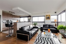 2 room furnished and well equipped apartment for 2 available for short-term rental in Beaugrenelle quarter, Paris 15th