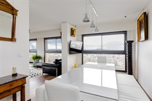 Romantic furnished 2-room apartment for two with stunning panoramic view in Beaugrenelle quarter, Paris 15th