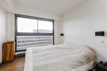 Rue Javel, Monthly rental of a 2-room apartment for 2 in a modern building w View of Eiffel Tower in Beaugrenelle quarter, Paris 15th