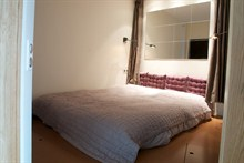 Furnished weekend rental for 4 people 430 sq ft at Denfert Rochereau Paris