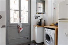 Fully furnished apartment for 2 near Gare de Lyon for short term rental Paris 12th