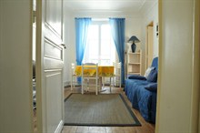 seasonal rental apartment sleeps 4 near Denfert Rochereau Paris 14th district