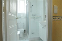 furnished apartment to rent short term sleeps 4 rue Hallé Paris 14th