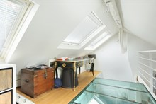 Vacation rental for family of 3 at Place de l'Étoile for monthly or weekly rental, Paris 17th