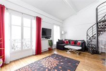 Weekly rental of modern, spacious duplex apartment near Austerlitz on rue de Tolbiac, Paris 13th