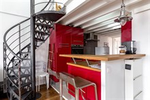 Vacation rental of duplex apartment for families sleeps 2, 4 or 6 Paris; rue de Tolbiac, 13th arrondissement, short term rental
