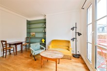 Furnished short-term rental recently refurbished one bedroom for two with balcony in Montmartre Paris, eigteenth district