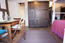 cozy studio to rent furnished and equipped for 4 in the latin quarter of paris 5th district