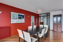 Monthly apartment rental, 3 rooms with balcony for family of 4 to 6 at Saint Ouen close to Paris. at Saint Ouen, France