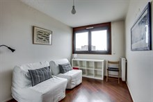 Beautiful 2 bedroom apartment for short term weekly or monthly rental sleeps 6 or 7, with balcony at Saint Ouen, France