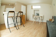 furnished apartment to rent short term for 2 guests in Pernety Paris XIV