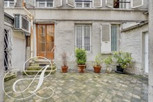 "Rent of furnished apartment for 2 peoples in ""Jean Mermoz"" street in Paris 8th district"