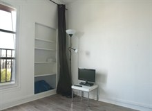 Furnished studio for 2 for rent short stay 17e Paris boulevard Pereire