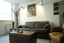 Short term rental duplex for 8 people center of Marais Paris 3rd district