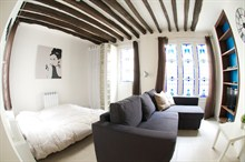 large studio apartment to rent for 4 guests in the heart of the Marais Paris 3rd district